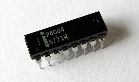 Intel lancia il primo microprocessore